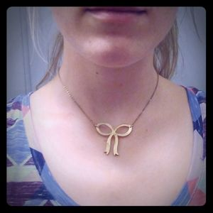 UO Gold Tone Bow Necklace